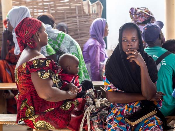 met verlof uit Senegal