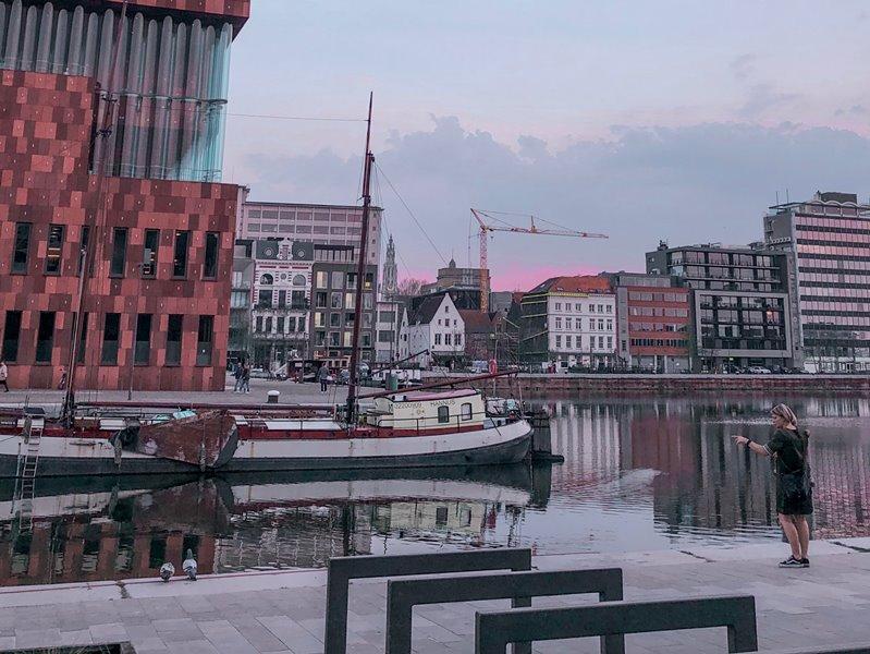 de geschiedenis van onze kerken in Antwerpen